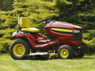 Traktorji in dodatki