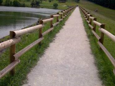 Leseni ograjni elementi
